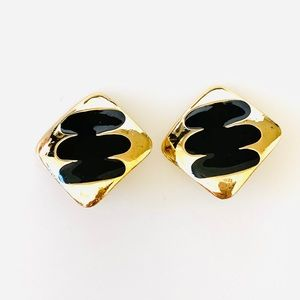 Vintage Clip On Earrings Gold Tone